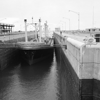 Ship-in-lock-Massena-SLS-NY